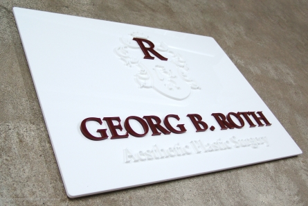 Georg B. Roth - Aesthetic Plastic Surgery